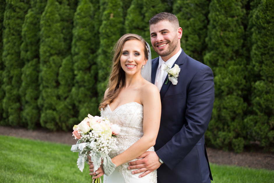 Wedding at the Mansion at Valley Country Club in Towson Baltimore by Maryland wedding photographer Christa Rae Photography