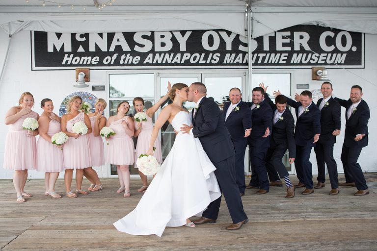 A Clic Nautical Summer Wedding At The Annapolis Maritime Museum Photographed By Maryland Photographer Christa